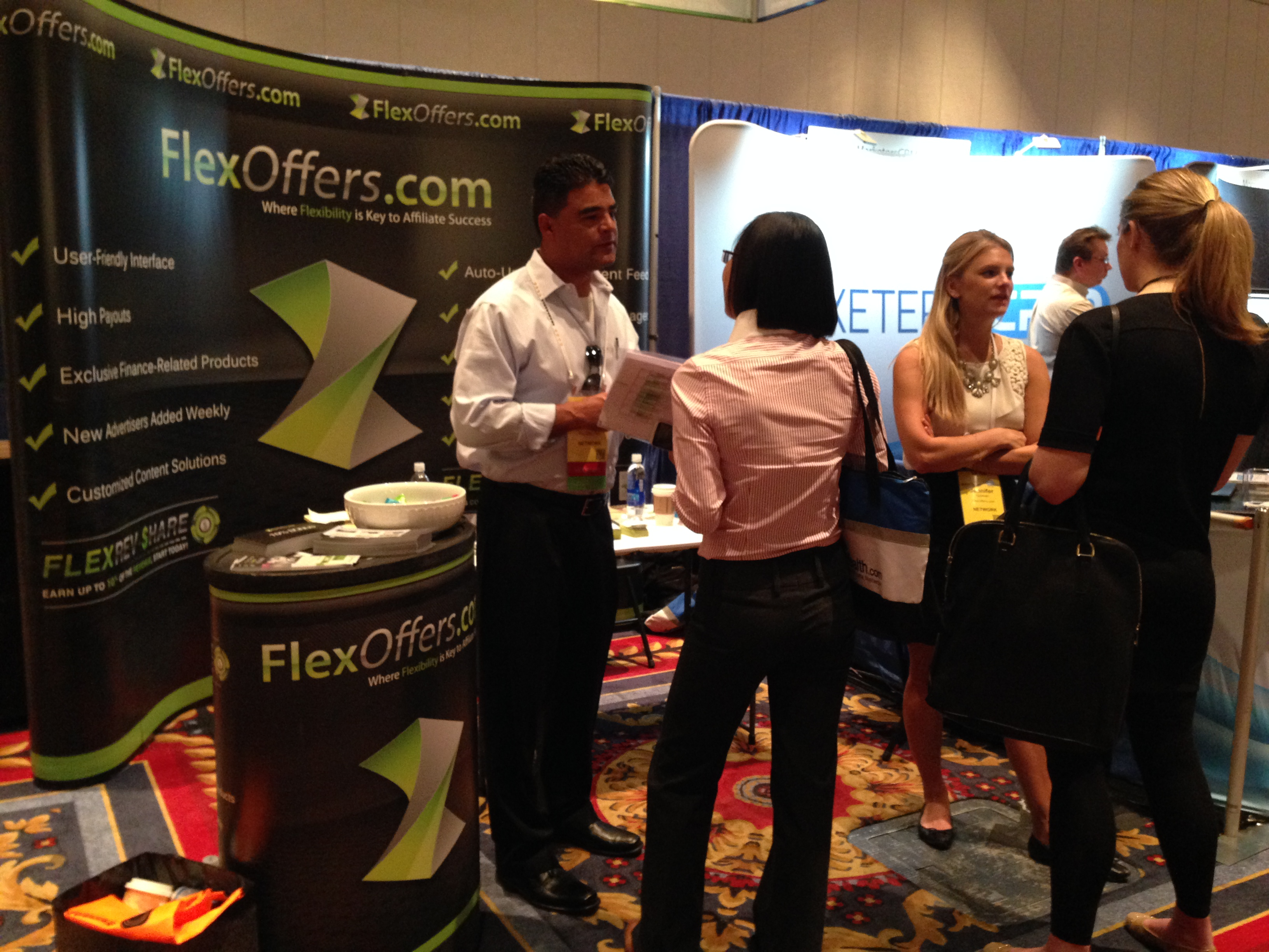 FlexOffers Affiliate Summit West ASW 2014 networking meeting exhibition booth Las Vegas Paris conference